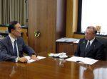 政策提言する飯泉徳島県知事