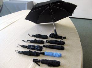 ジャンプ式折りたたみ傘