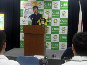 災害関連トラブルを説明する伊藤明子消費者庁長官